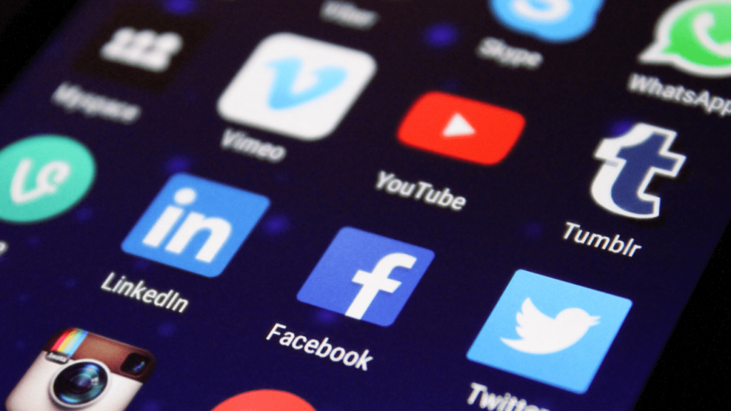 Avantages des médias sociaux